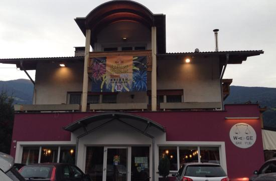 Waage Pub