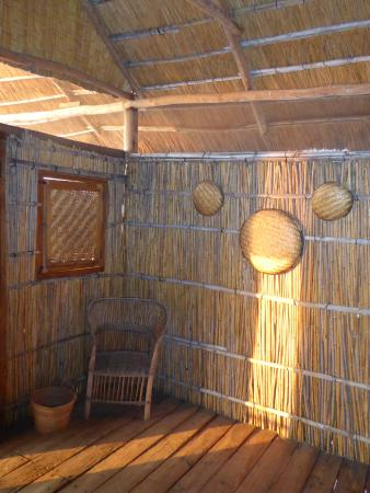 Tuckaways Lodge: Inside the room