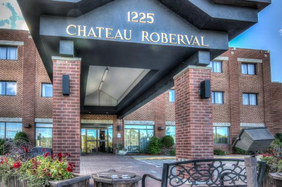 Hôtel Château Roberval : Devanture