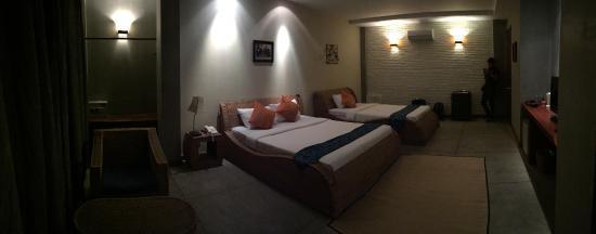 Frangipani Fine Arts Hotel: ภายในห้อง