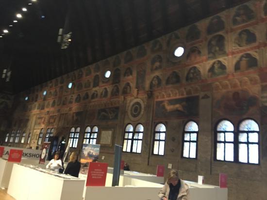 Interno Foto Di Palazzo Della Ragione Padova Tripadvisor