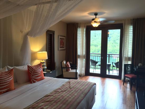 Marigot Bay, St. Lucia: Bay view room