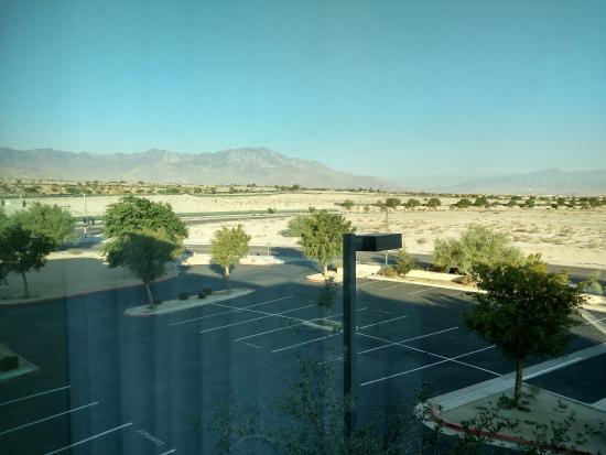 Hampton Inn & Suites Palm Desert: View from my room !~!