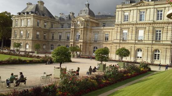 Luxembourg Palace Picture Of Luxembourg Palace Paris Tripadvisor