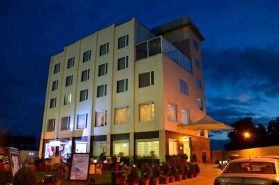 the best romantic hotels in vrindavan 2019 with prices tripadvisor rh tripadvisor in