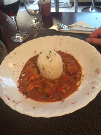 The Pepper Pot : Thai curry with basmati rice, beautifully presented