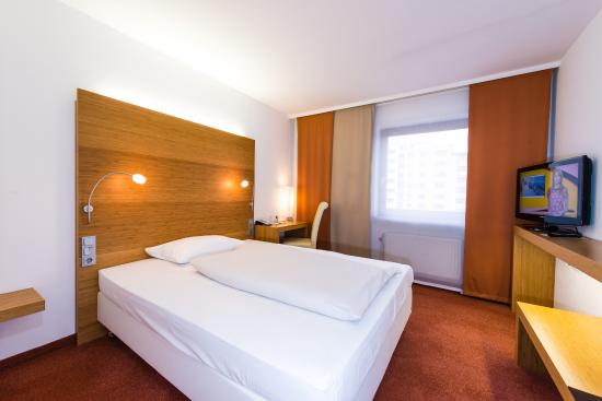 Hotel Newton - UPDATED 2017 Reviews & Price Comparison ...