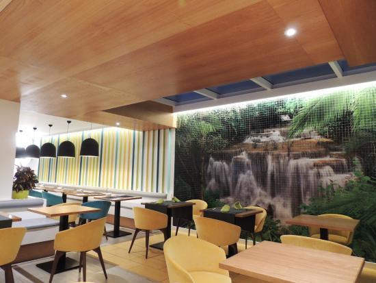 Restaurant interieur picture of vanilla garden hotel for Hotel interieur