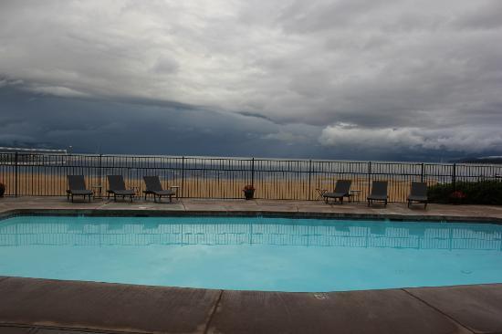 Tahoe Lakeshore Lodge and Spa: Tahoe Lakeshore Lodge & Spa swimming pool