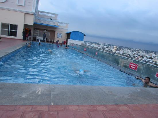 Pool side picture of shenbaga hotel convention centre pondicherry tripadvisor Budget hotels in pondicherry with swimming pool