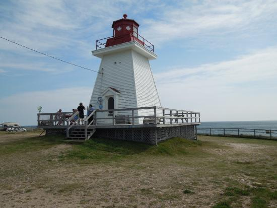 Lighthouse Ice Cream Parlour: Neill's Harbour Light