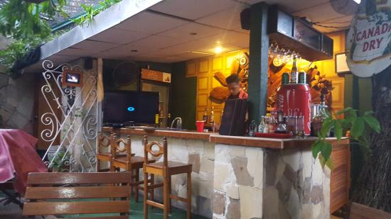 Restaurante Mangle Rojo: Bar