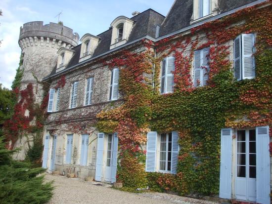 Annesse-et-Beaulieu, Francia: Façade