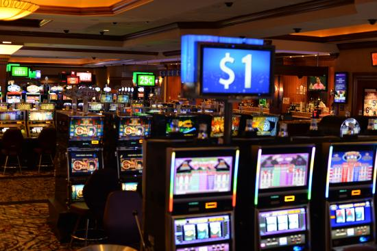 Harrahs joliet hotel casino joliet il are there any strategies for slot machines