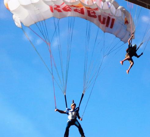 La Quinta Inn & Suites Twin Falls: Free Base Jumping from Bridge
