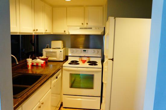 Sunbird Condominiums: kitchen to east 1001