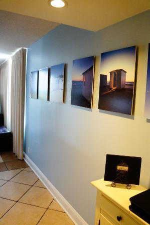 Sunbird Condominiums: entryway to east 1001