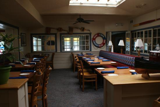 Pirates Cove Restaurant: Dining Room 1