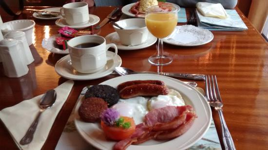 ‪‪Ryan's River Lodge‬: Beautifully presented Irish Breakfast‬