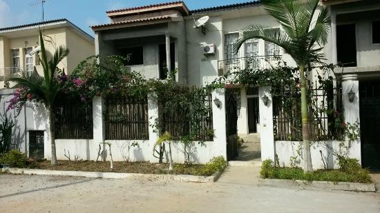 Villa Residence Sejours & Affaires: Facade Principale 2