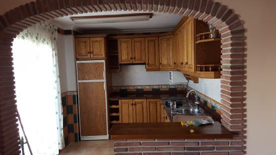 Apartamentos Balcon de Carabeo: Kitchen from the living room