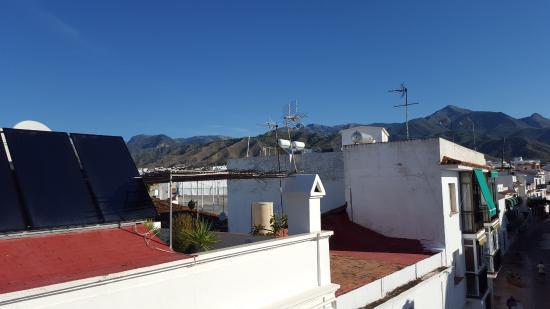 Apartamentos Balcon de Carabeo: View ut the window (we were 3rd floor)