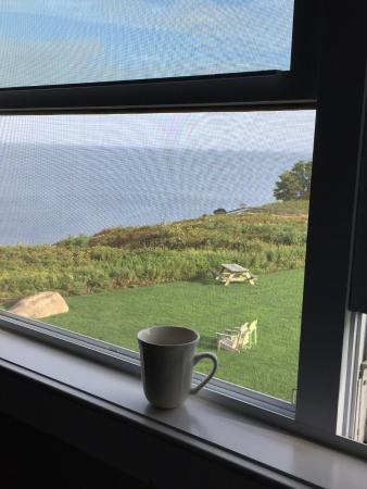 Cliffside Resort Condominiums: Coffee view!