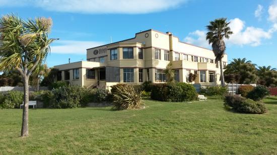 Riviera Hotel Bistro: Riviera Hotel & Bistro