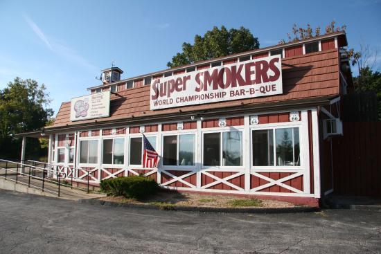 Photo of American Restaurant Super Smokers Bar-B-Que Eureka at 601 Stockell Dr, Eureka, MO 63025, United States