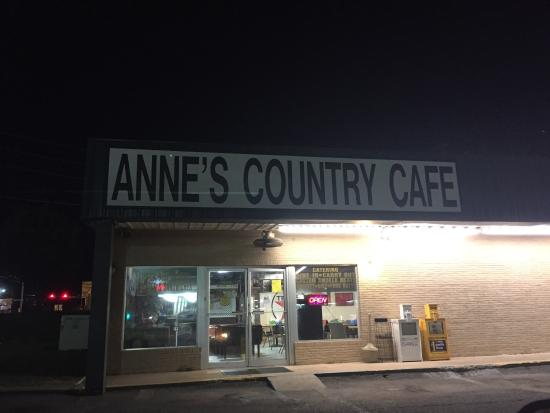 Anne's Country Cafe: Diner