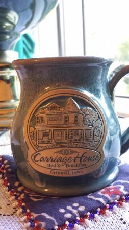 Carriage House Bed and Breakfast: had some tea in the morning