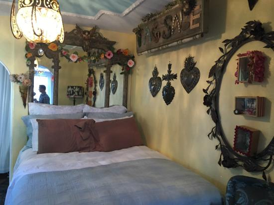 Vintage Sol: Guesthouse Bed