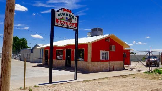 Caraveo's Burritos Y Salsas