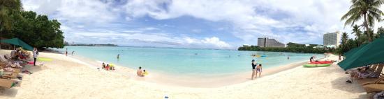 The Westin Resort Guam: WESTIN 私人海灘
