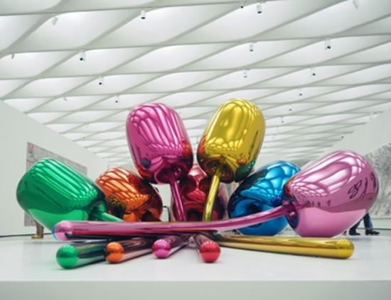 Jeff Koons Tulips - Picture of The Broad, Los Angeles ...