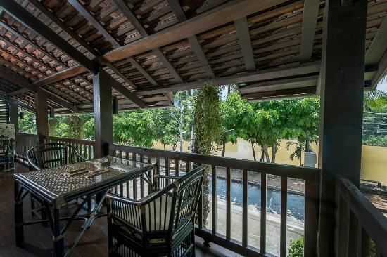 Kiridara Luang Prabang: Villa Kili terrace with river view