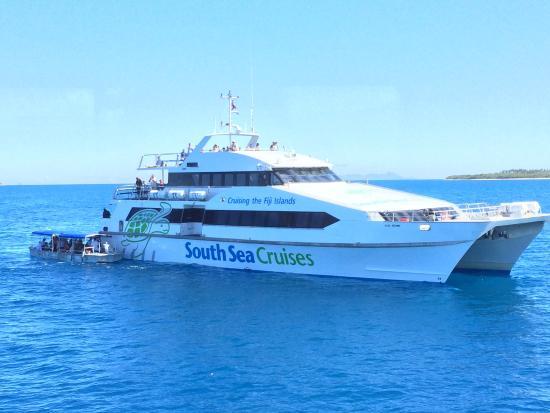 Castaway Island Fiji: South Sea Cruises