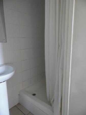 Chiswick Court Hotel : il bagno
