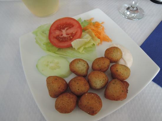 El Barril Restaurante : Шарики с тунцом (закуска)