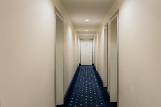 Hotel Royal (munich, Germany) - Reviews, Photos & Price Comparison ... Alt Europaischer Stil Garten Design