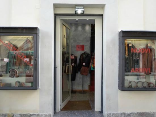 Alfieri Leather Store