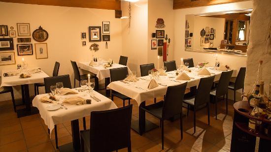 Lugnorre, Suíça: Restaurant