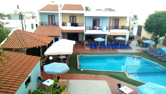 Swimming Pool Picture Of Thalassi Hotel Apts Sfakaki Tripadvisor