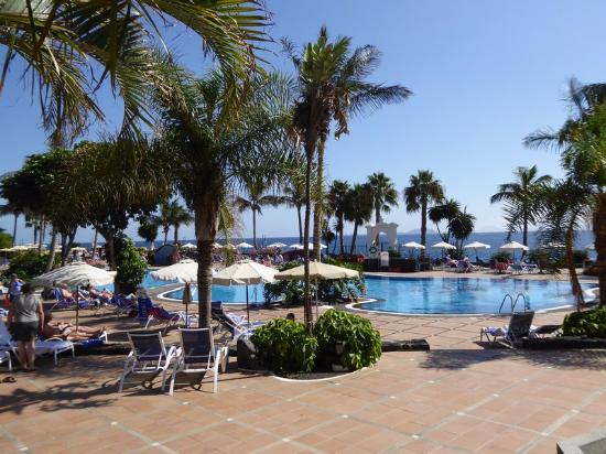 Pool area picture of tui sensimar natura palace spa - Matlock hotels with swimming pools ...