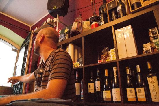 Lisbon Guided Tours: Enjoying a white wine