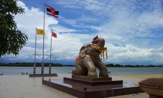 King Taksin The Great Shipyard