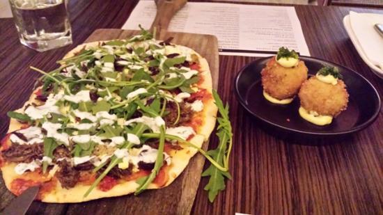 gpo: Lamb Pizza & Arancini