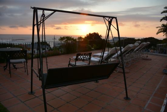 แคมป์สเบย์, แอฟริกาใต้: Sunset at the pool
