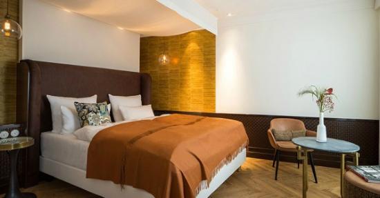 la maison hotel saarlouis duitsland foto 39 s reviews en prijsvergelijking tripadvisor. Black Bedroom Furniture Sets. Home Design Ideas
