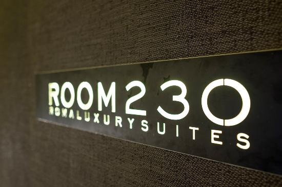 Room 230 Luxury Suites: Nome